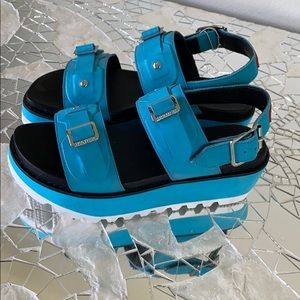 Platform Hunter brand sandals